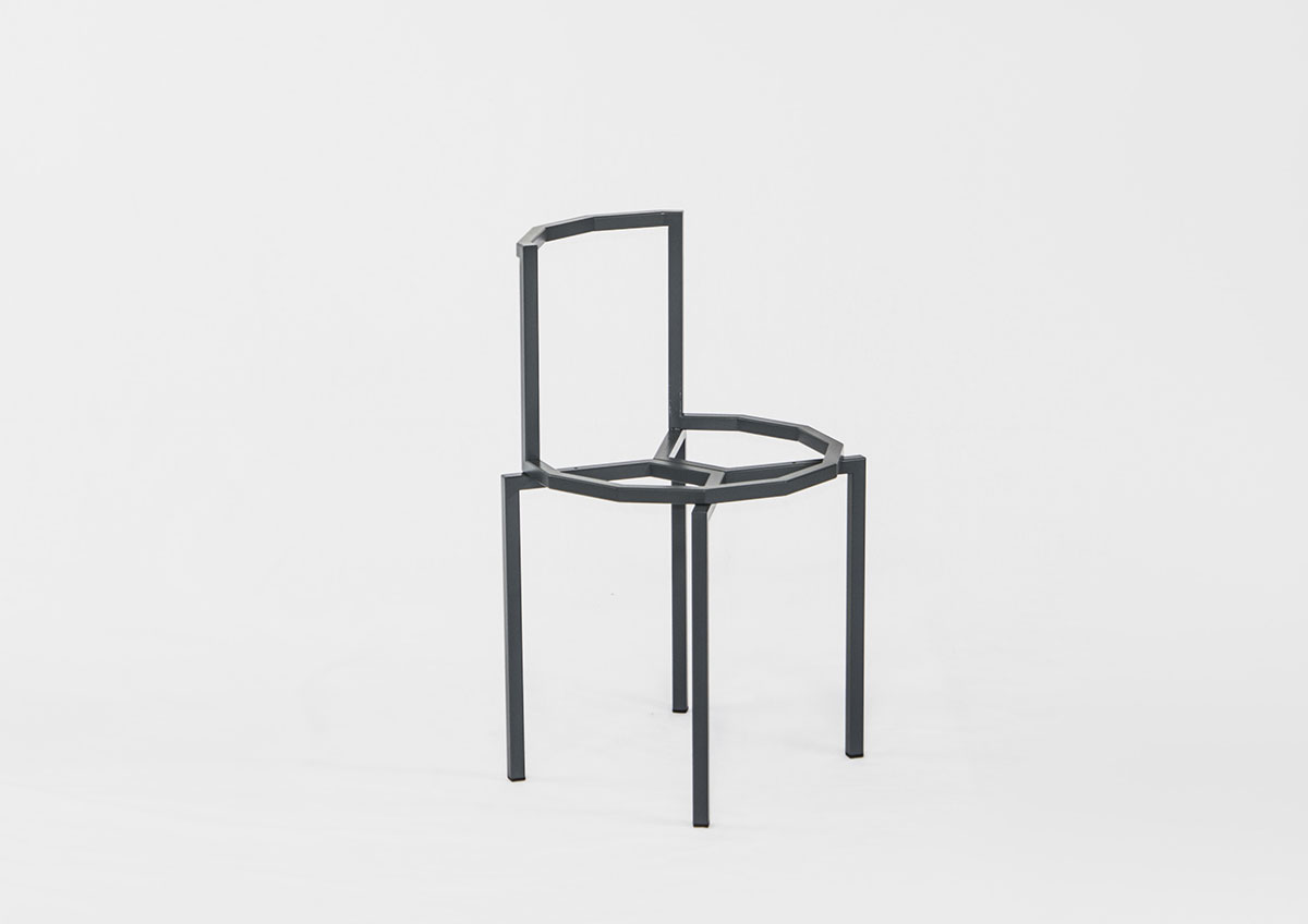 Spidy chair and table by Mario Alessiani
